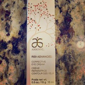 Arbonne RE9 Advanced Corrective Eye Cream